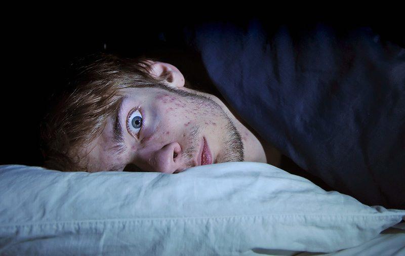 Как безсънието може да попречи на здравословните ни хранителни навици